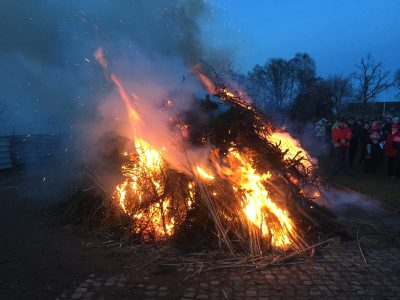 osterfeuer-2016