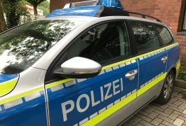 Falscher Polizist sperrt Rentnerin in Keller